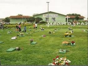 Cemitério Jardim a Paz