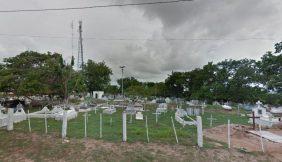 Cemitério do Canoeiro – MA Floricultura Coroa de Flores