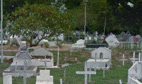 Cemitério do Araçás – MA Floricultura Coroa de Flores