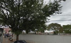 Cemitério Campo Santo Napoleão Dias de Maria – MA Floricultura Coroa de Flores