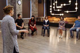 O que fazer para Vieses Inconscientes: Peça de teatro sobre vieses inconscientes