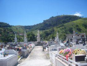 Cemitério Municipal do Bananal – RJ –