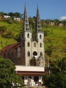 Cemitério Municipal de Laje do Muriaé – RJ –