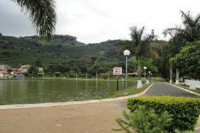 Cemitério Municipal de Albertina – MG –