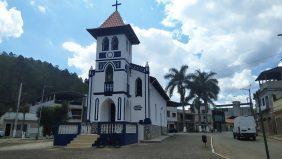 Cemitério Municipal de Alvinópolis – MG –