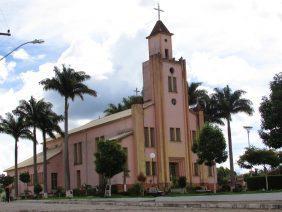 Cemitério Municipal de Camacho – MG –