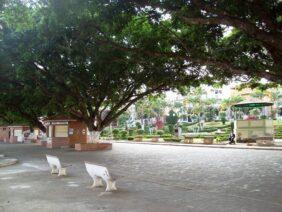 Cemitério Municipal de Descoberto – MG –